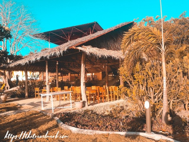 Bantayan Island Nature Park Resort - Restaurant and Dining Area