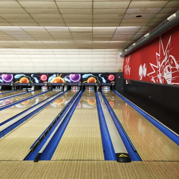 Bowling Pedralbes | Barcelona | The Travel Medley