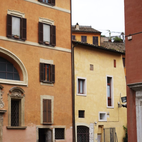 Jewish Ghetto Airbnb | Rome | The Travel Medley