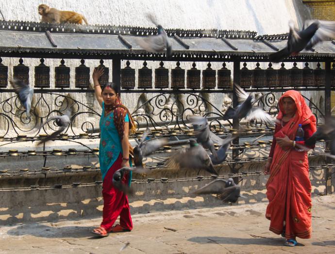 Women in Kathmandu - international women's day - thetraveloguer