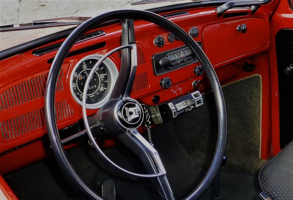 Steering wheel, On the road