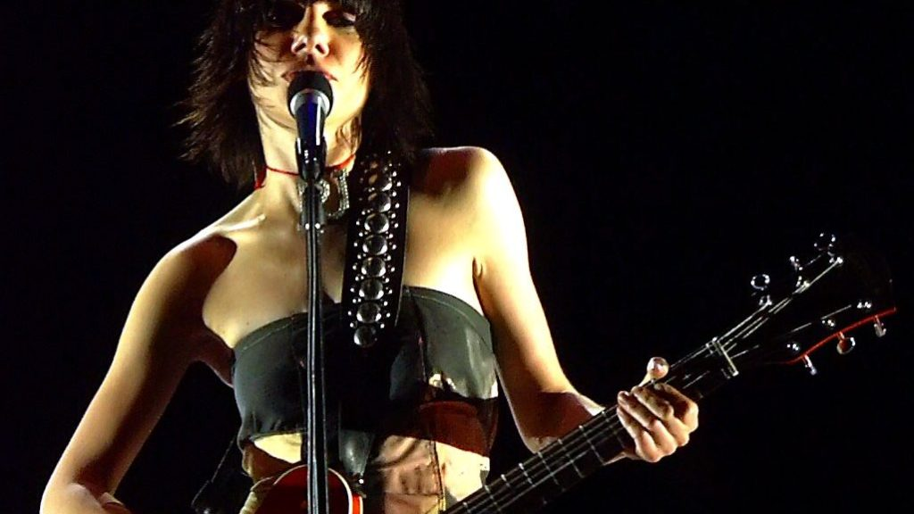 """File:PJ Harvey.jpg"" by Dave Mitchell (Plastic Jesus) is licensed under CC BY-SA 2.0"