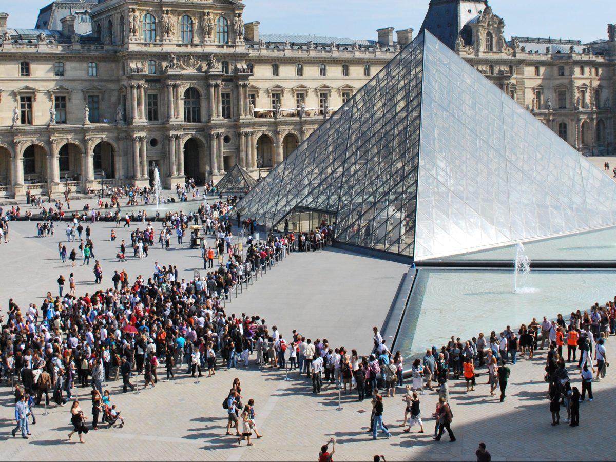 Louvre Queue France Travel Blog
