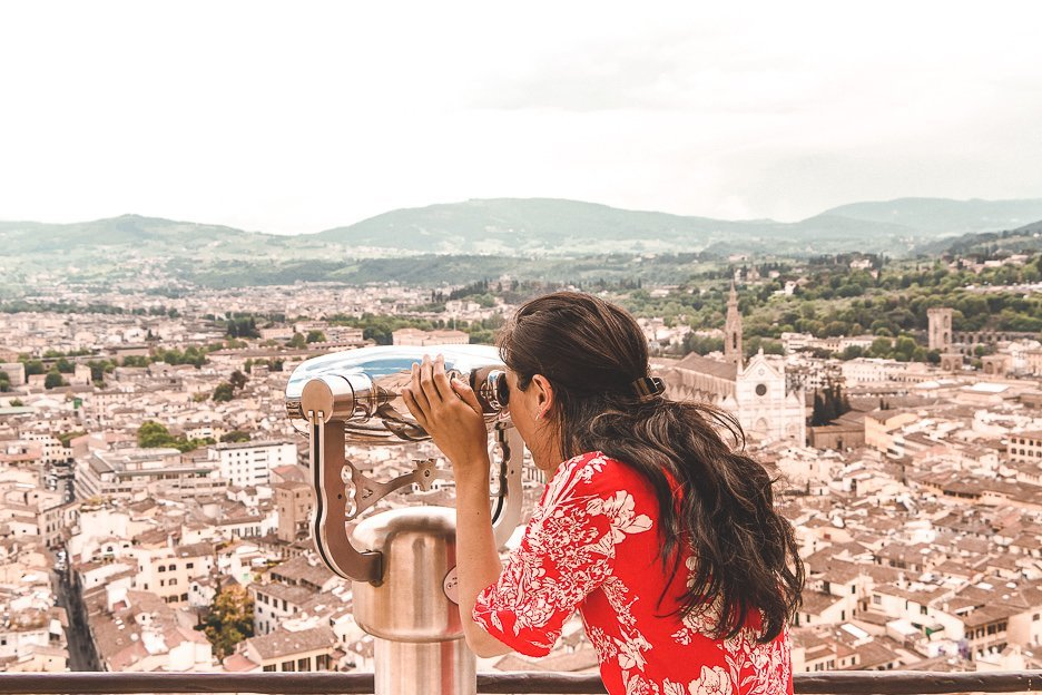 Taking a peek through the viewfinder atop Bruschelli's Dome, Florence
