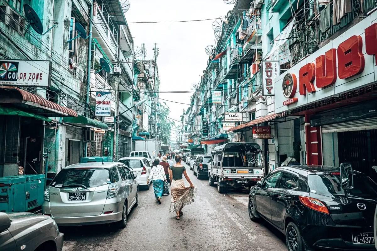 Street Art Yangon - the streets of the city
