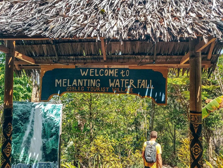 Munduk Waterfalls - the entrance for Melanting Waterfall