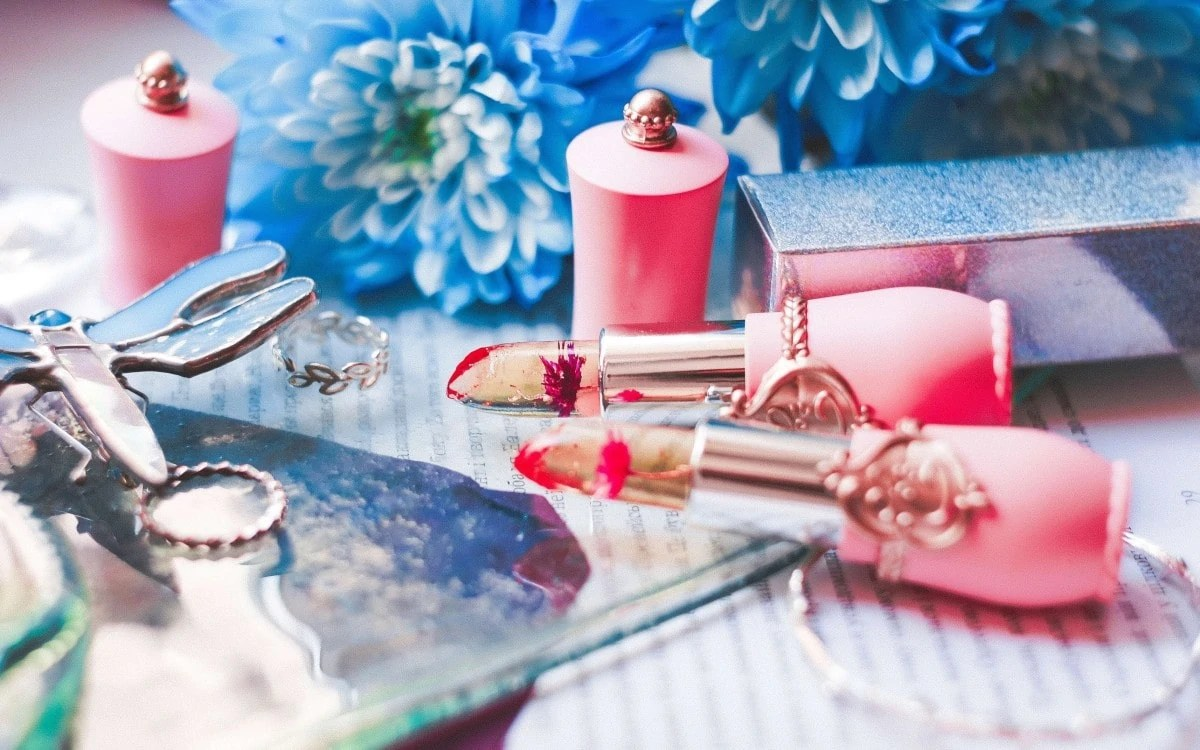 Paris gift ideas - cosmetics and beauty