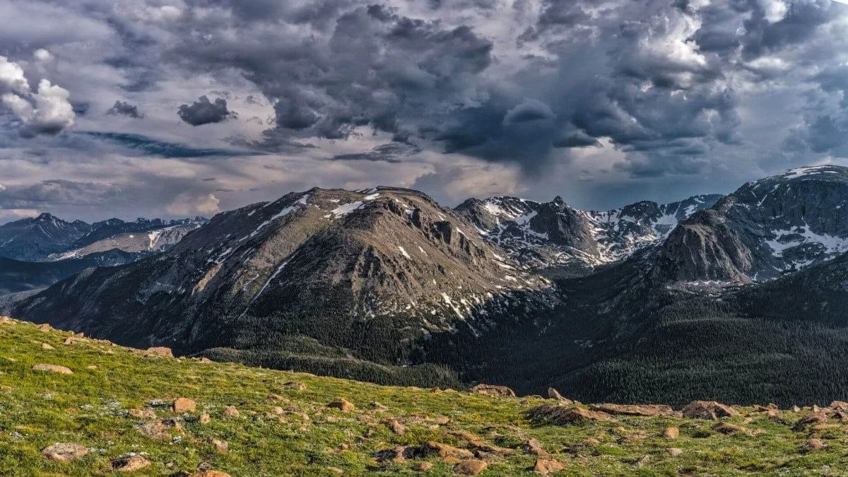 Explore Rocky Mountain National Park