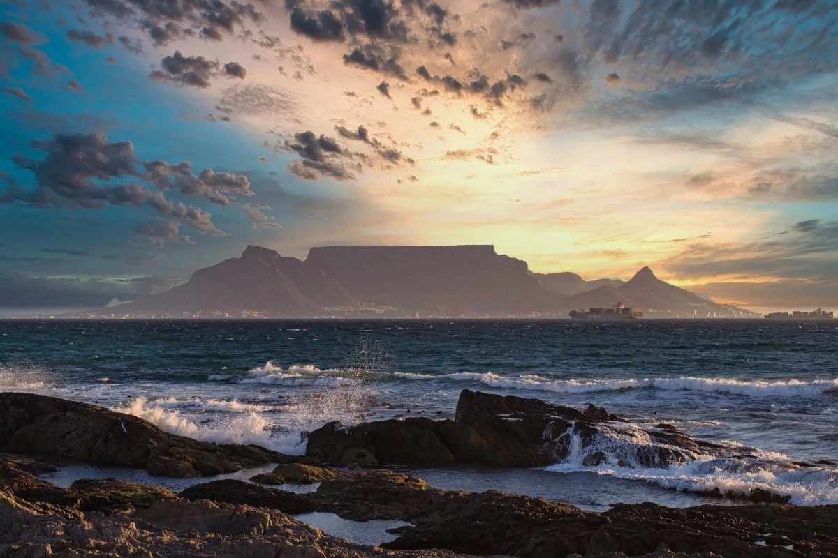 Books about wanderlust - Table Mountain South Africa