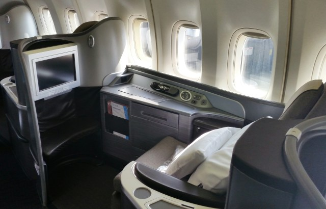 united airlines global first class 747 trip report