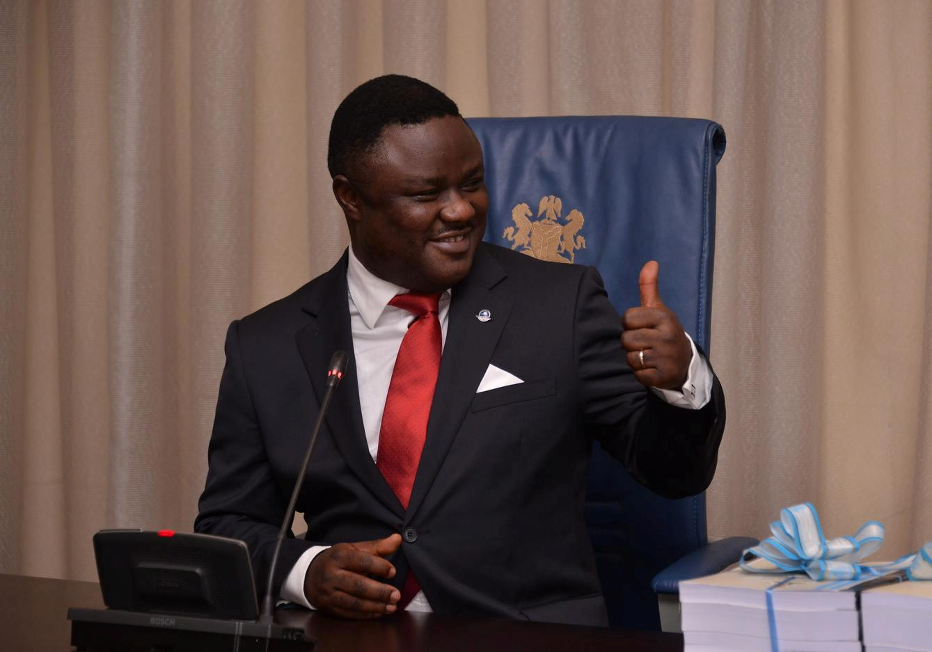 ayade thumbs up - 500 science teachers in C/River protest alleged sack, unpaid salaries