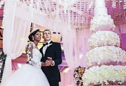 Olympic gold medal winner Shaunae Miller married decathlete Maicel Uibo, her college sweetheart, at Atlantis.