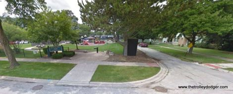 The corner of Lincoln and Beach as it looks today in LaGrange Park. Lincoln ends in a cul-de-sac near the railroad tracks at rear. We are not far from where image 471 was taken.