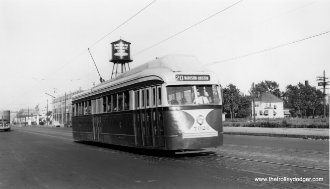 Circa 1945, we see CSL 7026 fitted with experimental forced-air ventilation of the type used in some Boston PCCs. It was not used on the postwar Chicago cars.