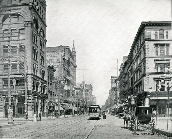 St. Louis cable cars on Broadway looking north from Chestnut Street, 1894.