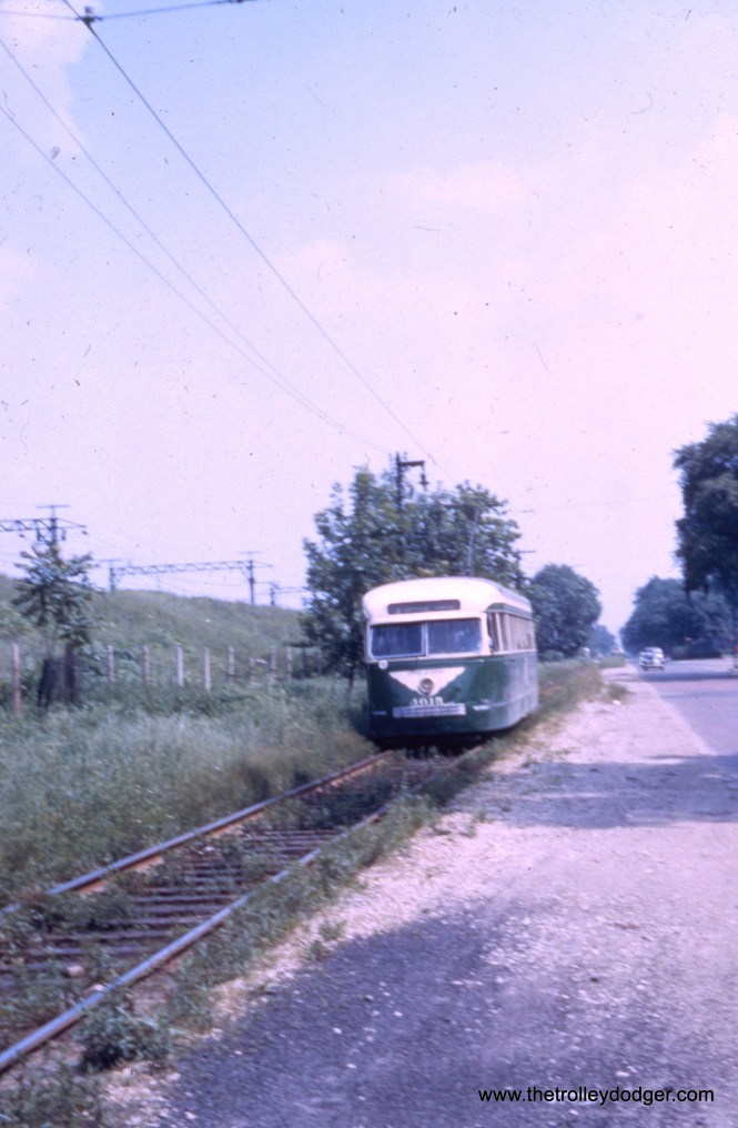 CTA 4015 near the south end of the Cottage Grove line.