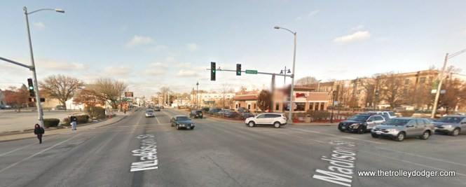 Harlem and Madison today. Forest Park is on the left, and Oak Park on the right. Madison does take a slight jog here. A pull-out in the previous picture makes sense as it would have come from the C&WT car barn on Lake Street just east of Ridgeland (torn down in the 1980s and replaced with a Dominick's Finer Foods).