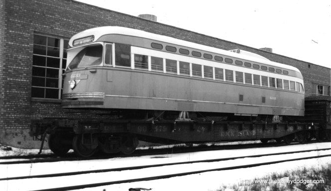 Is 4233 coming or going? I guess a case could be made either way. The car doesn't seem to have any dents, and there isn't a logo. Yet it's not shiny, either, although that could simply be due to the weather. That decides it- this car was scrapped on 8/20/53 and delivered on 3/6/48, so this must be its arrival. (Joe L. Diaz Photo)