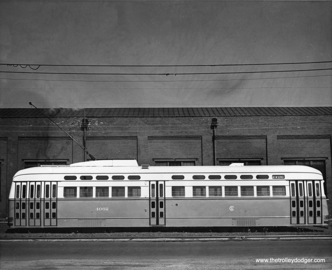 A Surface Lines photo showing a side view of 4062, built by Pullman.