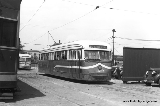 CSL 4022 at Kedzie and Van Buren on July 22, 1946. (Thomas H. Desnoyers Photo, Krambles-Peterson Archive)