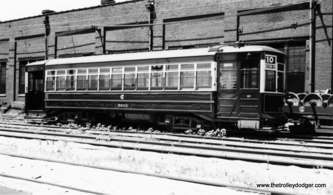 """George Trapp: """"Car 5913 at South shops freshly painted signed for the old designation for Western Avenue as Through Route #10."""" (Joe L. Diaz Photo)"""
