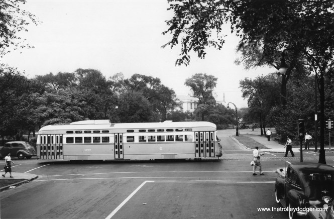 Although signed for Clark-Wentworth, CSL 4160 is eastbound on Madison at Central Park in this 1947 CSL photo, with the Garfield Park fieldhouse in the background. The newly delivered car was brought here to pose for staged photos.
