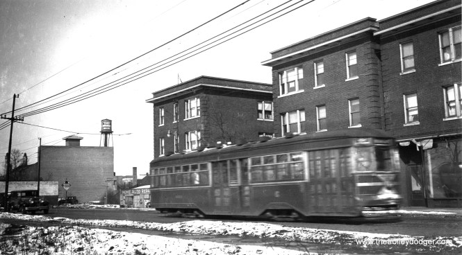 A southbound Sedan at Clark and Rogers. (George Krambles Photo, Krambles-Peterson Archive)