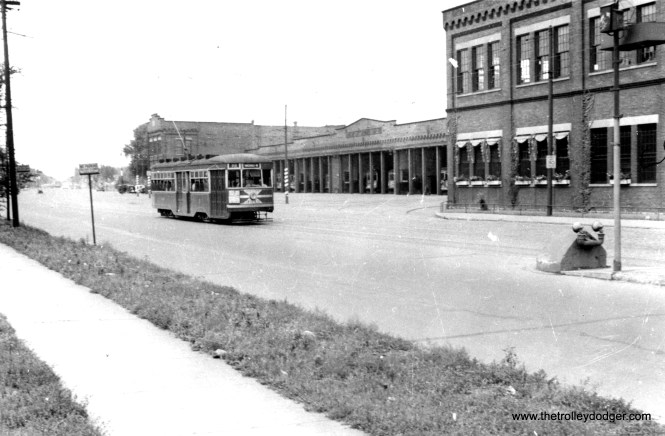 CSL Sedan 3343 at around 7740 S. Vincennes Avenue on December 1, 1940, passing South Shops.