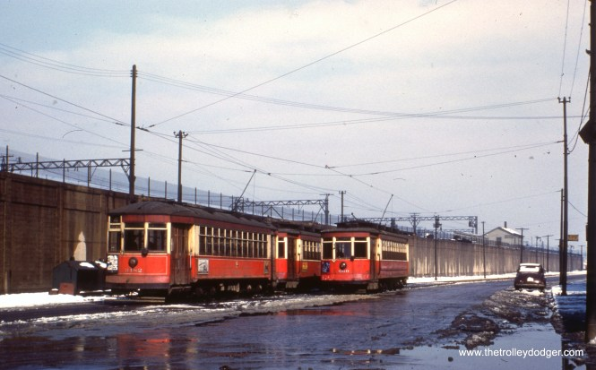 CTA 3182 and 660 at Cottage Grove and 115th circa 1951. (Earl Clark Photo)