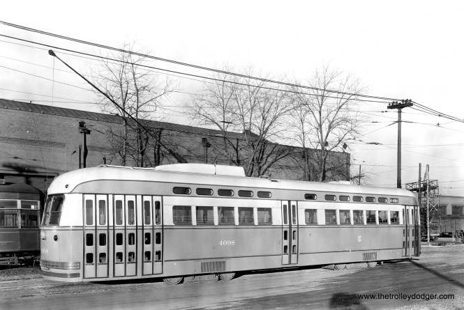 CSL 4098 at South Shops on January 8, 1947. (General Electric Photo)