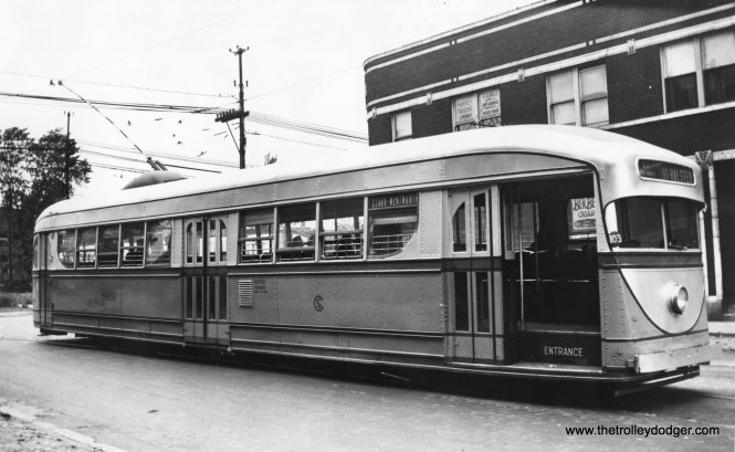 Here is a rare shot of CSL experimental pre-PCC 7001 at 81st and Halsted, most likely in the 1930s.