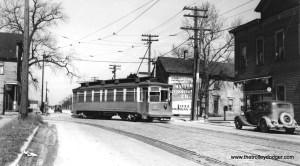 """I believe this is CSL car 2811 on the Riverdale line. If so, this car is part of a series (2801-2815) built by St. Louis Car Company in 1901. Don's Rail Photos says, """"These cars were built for Chicago City Ry and sold to Calumet & South Chicago Railway in 1908. 2811 was built by St Louis Car Co in 1901 as CCRy 2586. It was sold as C&CS 711 in 1908 and renumbered 2811 in 1913. It became CSL 2811 in 1914."""" (Joe L. Diaz Photo) Michael Franklin: """"Northbound on Indiana Ave turning west on 134th St."""""""