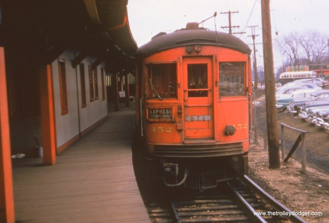 CA&E 452 at the DesPlaines Avenue Terminal in Forest Park, where passengers could transfer to eastbound CTA trains from 1953 to 1957.