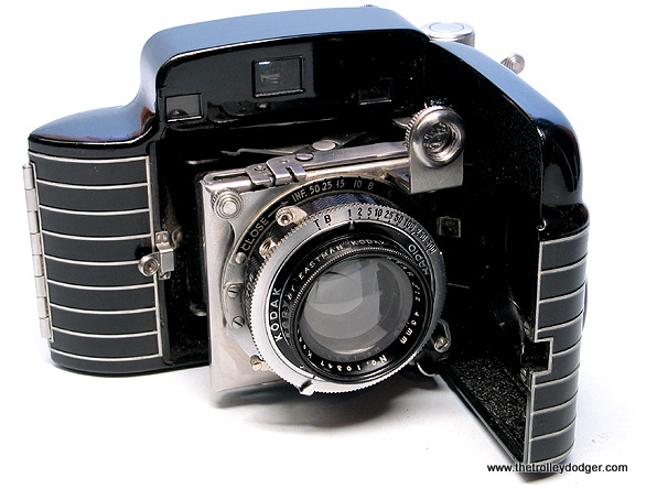 A streamlined Kodak Bantam camera, using size 828 roll film, of a type that may have taken the New Orleans picture.