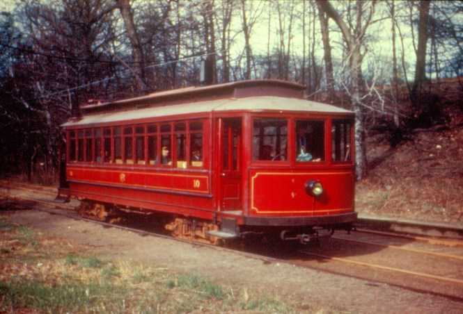 Car 10 at Woodside in 1945. (Bill Volkmer Collection)