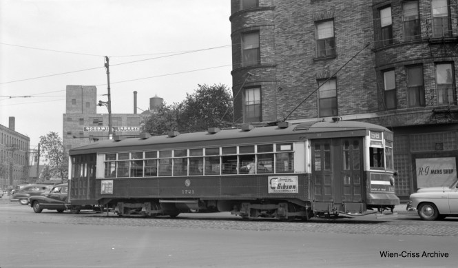 """CTA 171 on Ogden at Ashland, operating on Route 58. The white stripe indicates that this is a one-man car. 1721 was part of a series known as """"169"""" or Broadway-State cars. (Robert Selle Photo, Wien-Criss Archive)"""