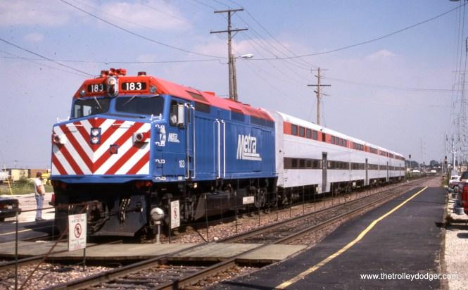A Metra commuter train at Berkeley on August 7, 1990. (Joseph Piersen Photo)
