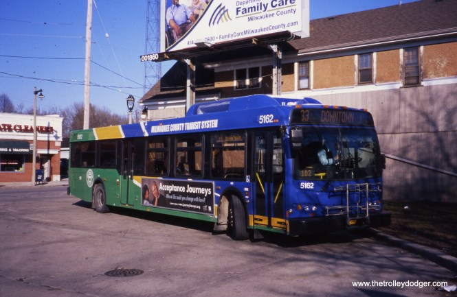 Milwaukee County Transit System 5162 at the 60th and Vliet loop on February 19, 2012, running Route 33. (William Shapotkin Collection)
