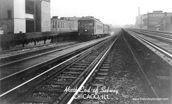 The north State Street Subway portal in 1943.