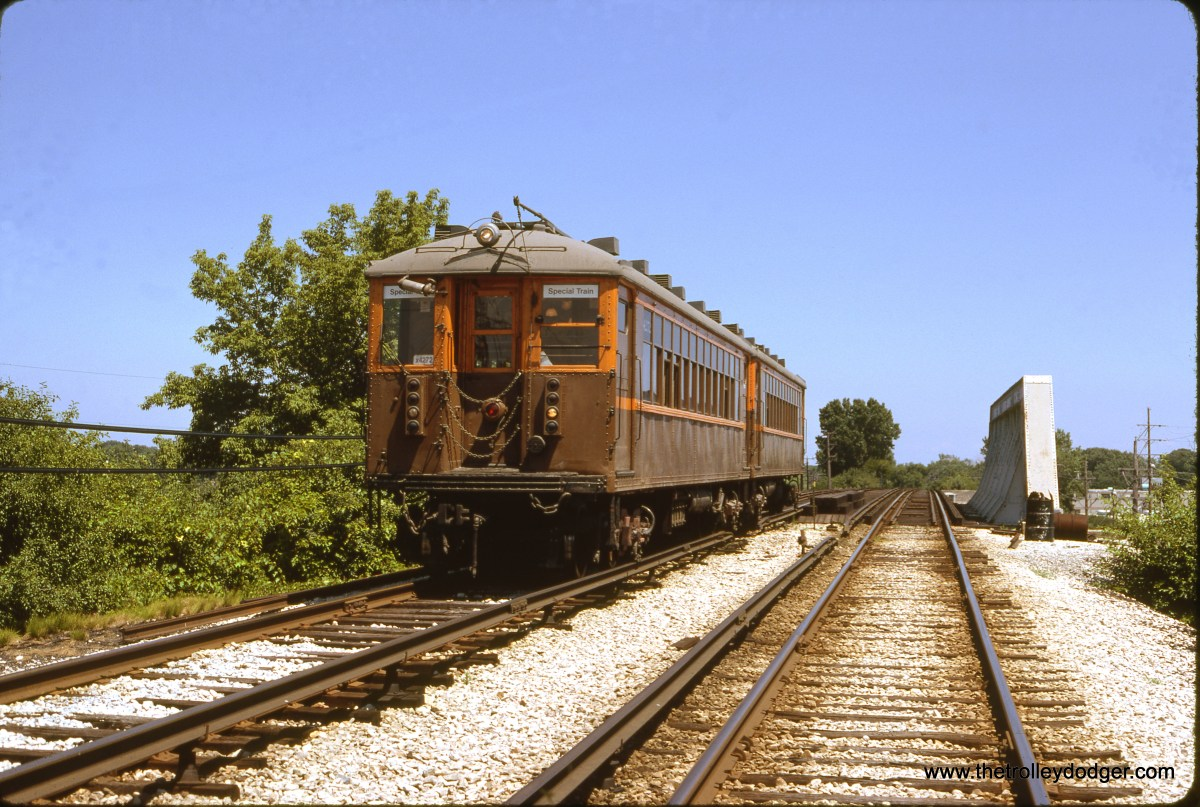 CTA historic cars 4271-4272 at McCormick Boulevard (Yellow Line aka Skokie Swift) on July 16, 1989. (Bruce C. Nelson Photo)