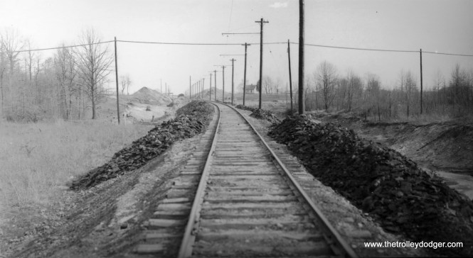 A nice right-of-way photo with no information, other than the date-- March 31, 1936.