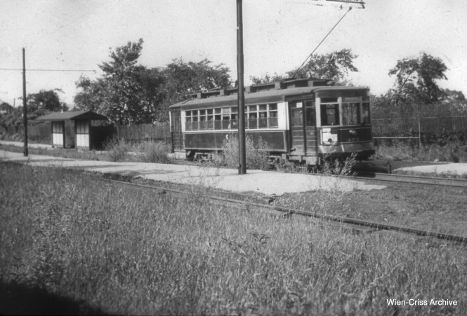 CSL 473 at Burnham Park and the Lakefront, east end of Route 21 - Cermak, some time prior to 1948.