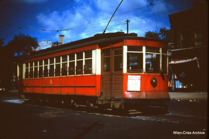 CTA 876 at Indiana Avenue and 51st Street on September 4, 1950.