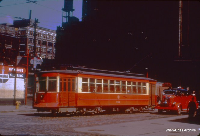 CTA 786 at Clinton and Van Buren in April 1952.
