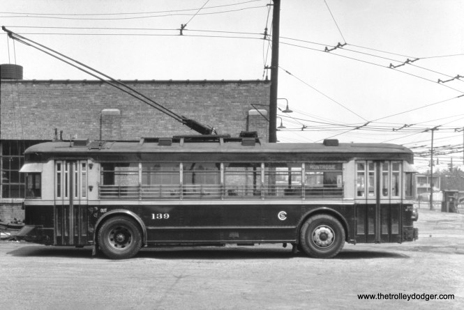 Chicago Surface Lines trolley bus 139. (William Shapotkin Collection)