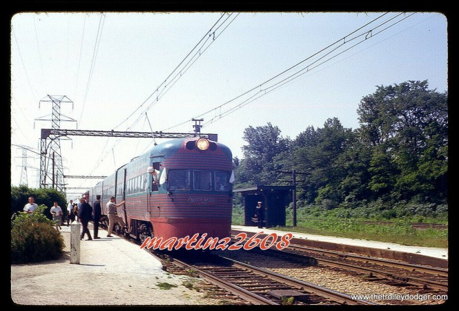 One of the two North Shore Line Electroliners on June 17, 1962. Looks like a fantrip.