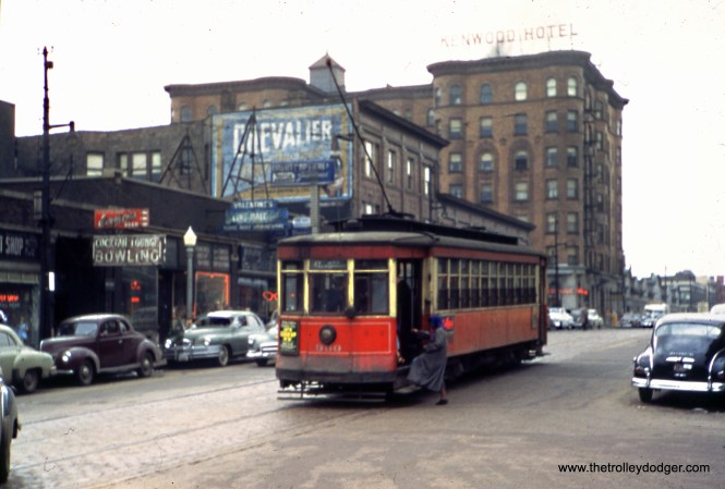 CTA 990 at 47th and Lake Park in March 1949. The Kenwood Hotel was located at 47th and Kenwood nearby.