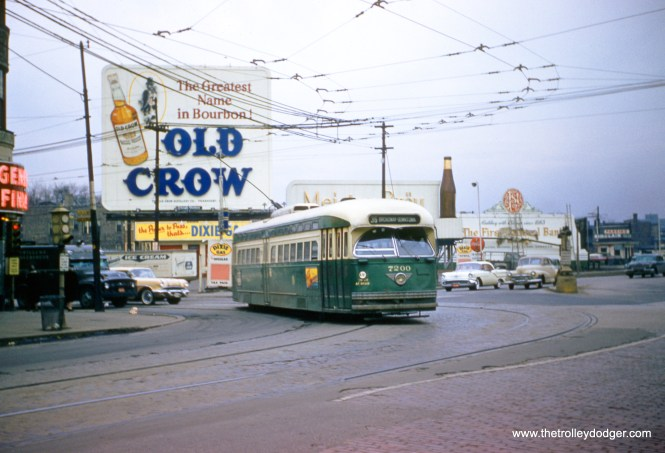 CTA 7200 is turning south from Devon onto Broadway in 1957. (Robert Heinlein Photo)