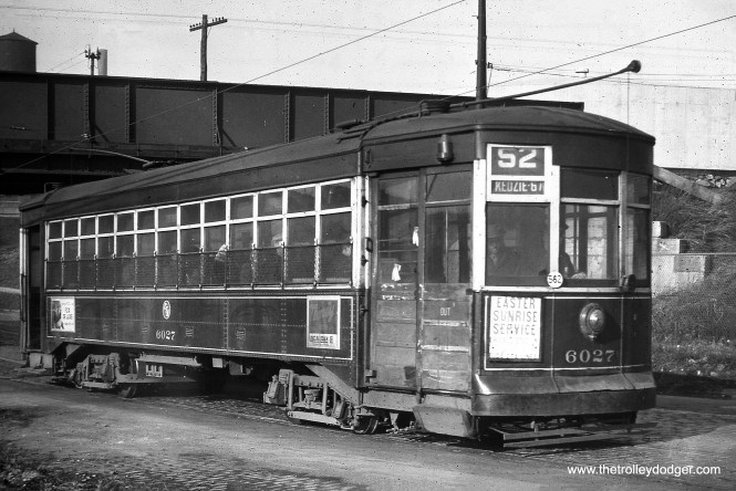 CTA 6027 is at Kedzie and 33rd in April 1949. (William Shapotkin Collection)