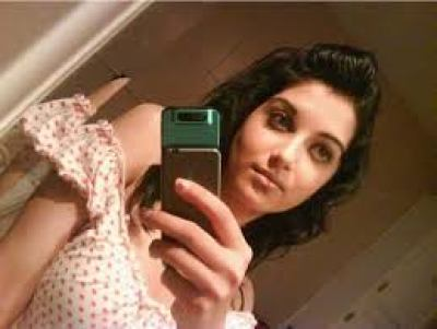 shafia-selfie